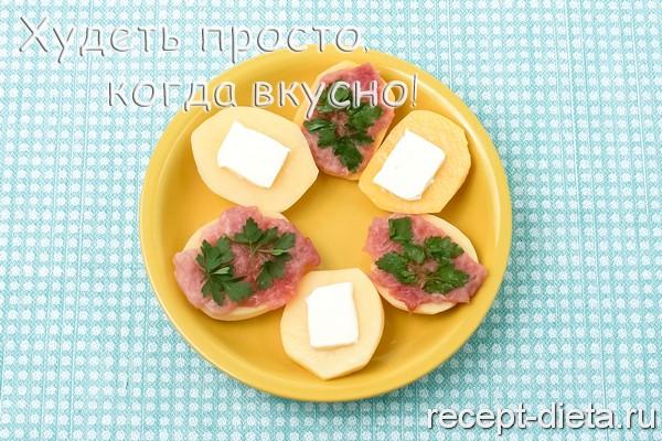 картофель с мясом на пару